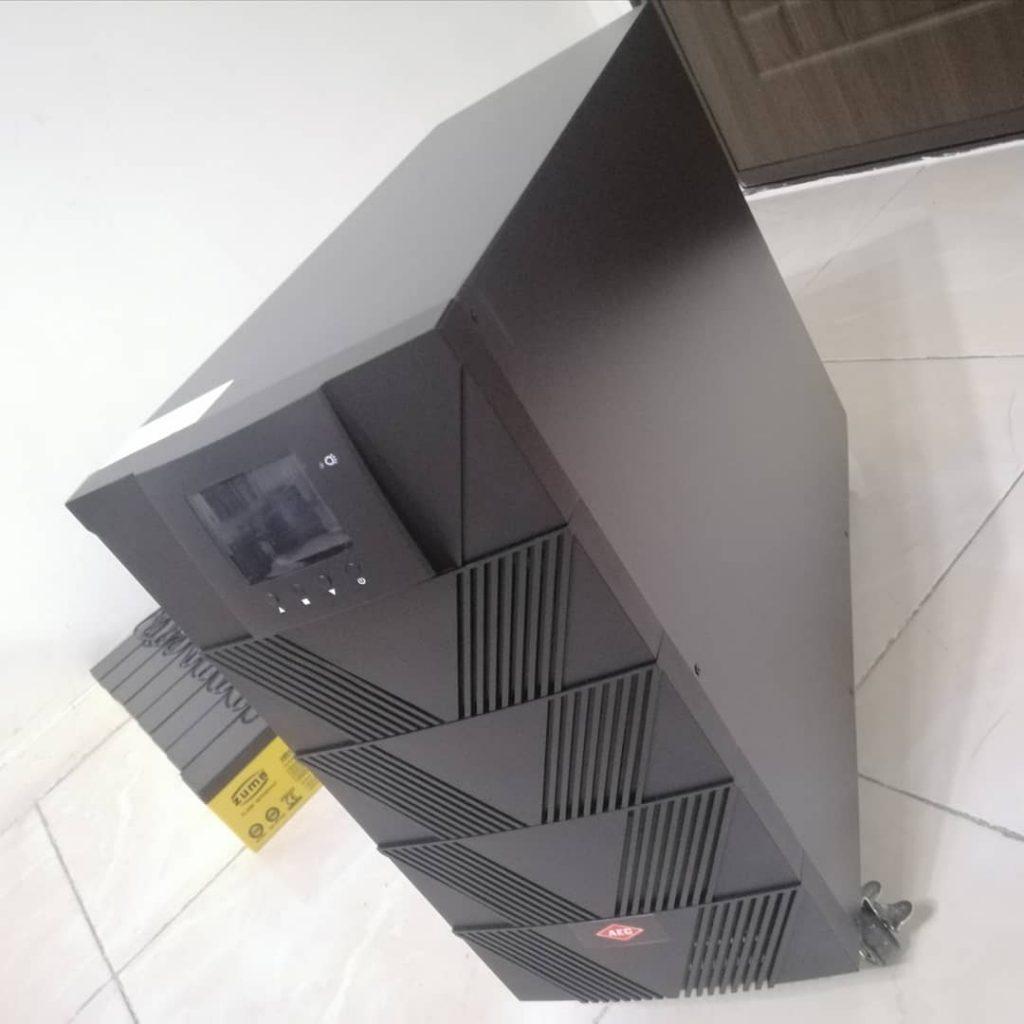 یو پی اس UPS برق اضطراری تجهیزات پزشکی