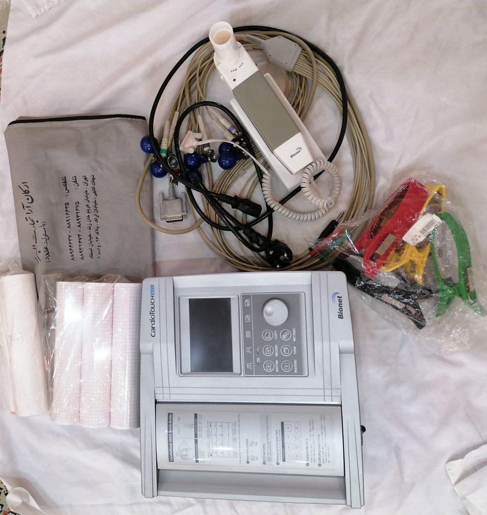 دستگاه اسپیرومتری و نوار قلب بایونت